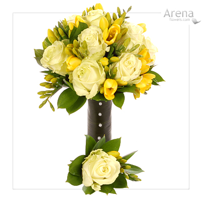 Yellow Wedding Flowers on Modern Black And Yellow And A Softer Pastel And Pearls Wedding Cake