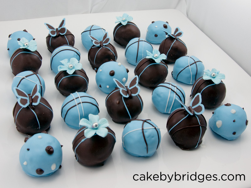 ... cake balls probably wouldn't look this good without a baker friend