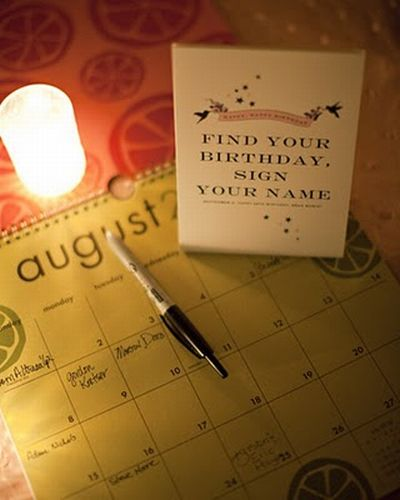 wedding guestbook - calendar