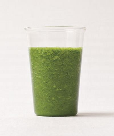 kale-smoothie-for-brides