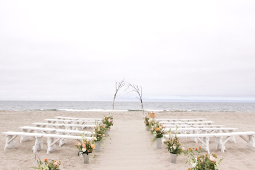 wedding-beach-seating